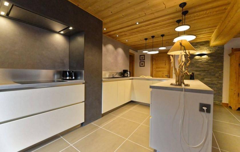 Location de vacances - Appartement à Morzine - Cuisine