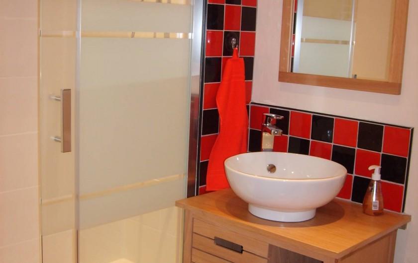 Location de vacances - Gîte à Caumont-sur-Durance - Salle de douche