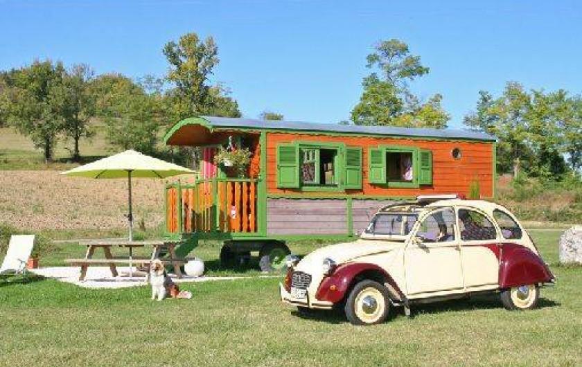 Location de vacances - Gîte à Roquecor - La Roulotte Lisette de Roquecor pour 2 ou 4 personnes