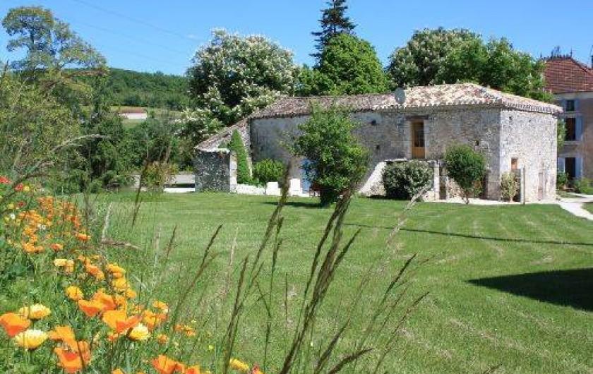Location de vacances - Gîte à Roquecor - Le Gîte Léonie pour 6/7 personnes