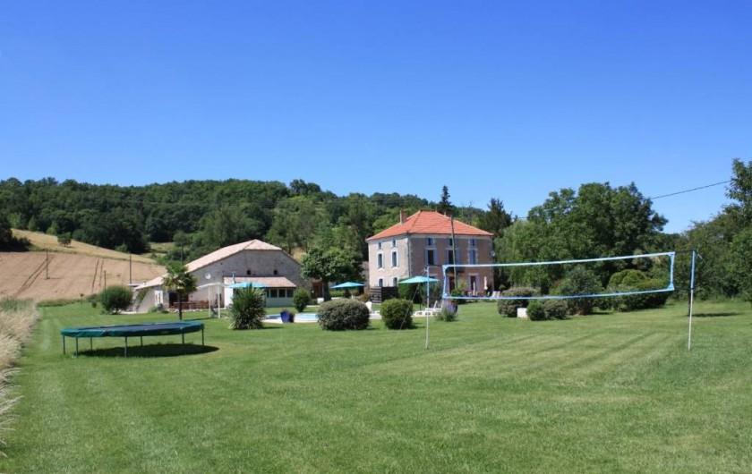 Location de vacances - Gîte à Roquecor - les extérieurs des Gîtes Grand Pré ! à Roquecor - Occitanie - France