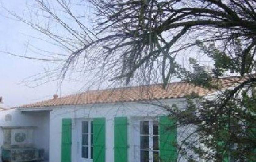 Location de vacances - Villa à Sainte-Marie-de-Ré - devant de la maison