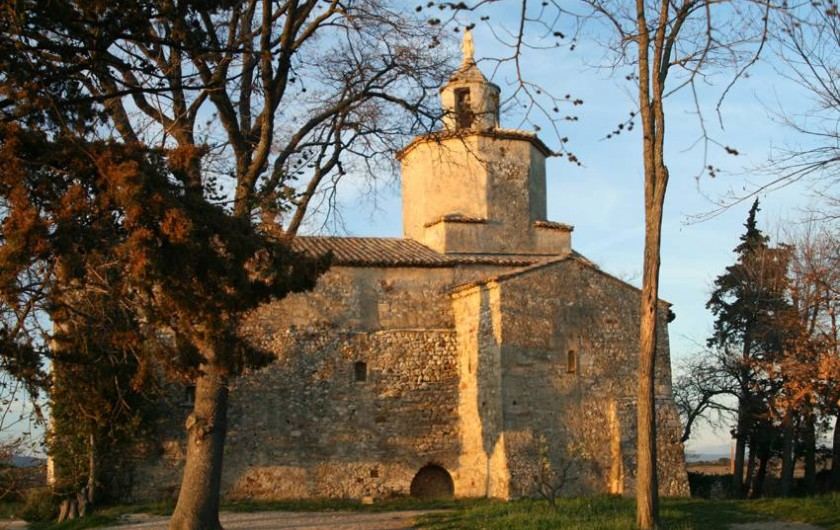 Location de vacances - Gîte à Lirac - Chapelle de Mayran à 800m