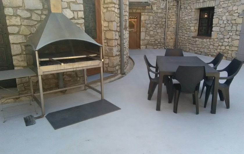 Location de vacances - Gîte à Seynes - BARBECUE