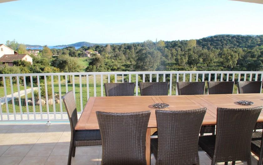 Location de vacances - Villa à Sainte-Lucie de Porto-Vecchio - VUE DE LA TERRASSE