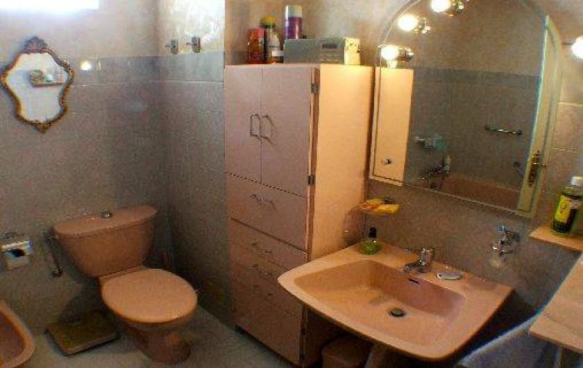 Location de vacances - Appartement à Roquebrune-Cap-Martin - salle de bain