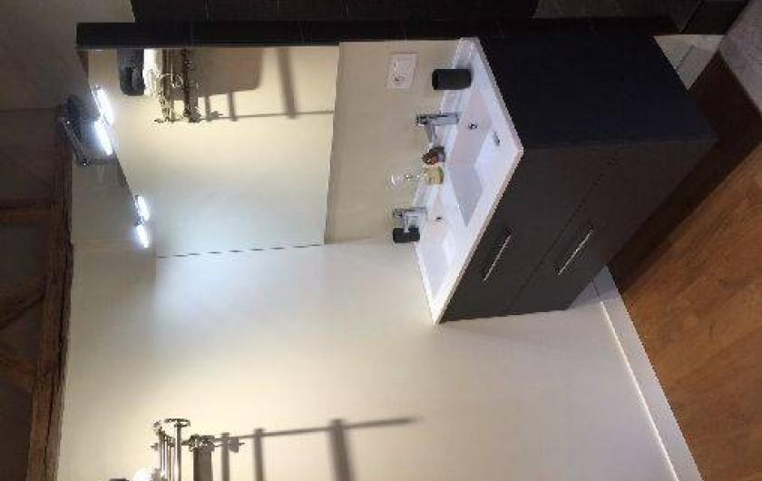Location de vacances - Chambre d'hôtes à Sainte-Florence - SDB CHAMBRE FAMILIALE