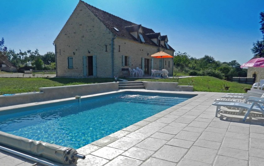 Location de vacances - Gîte à Dégagnac - Vue générale de l'ensemble.