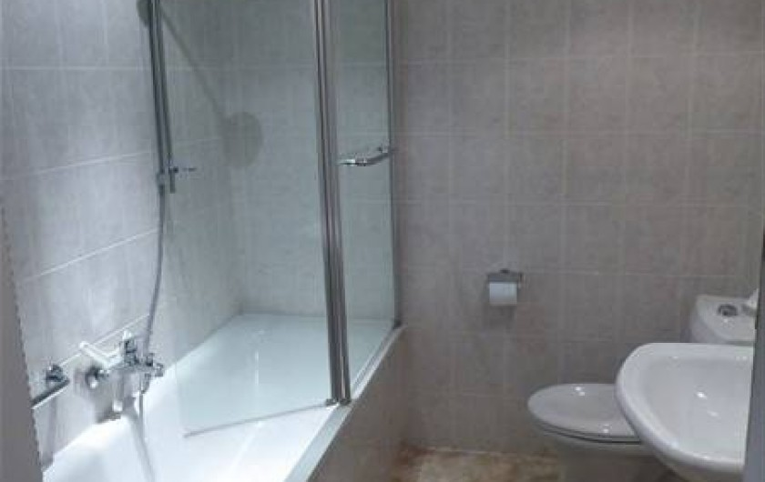 Location de vacances - Villa à Portiragnes Plage - SDB étage