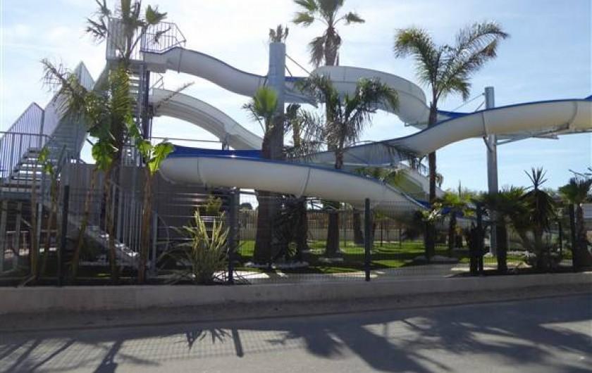 Location de vacances - Villa à Portiragnes Plage - Toboggan piscine 1