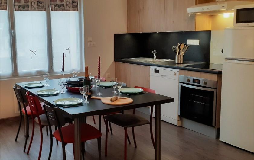 Location de vacances - Appartement à Le Mont-Dore - Cuisine ouverte sur pièce de vie