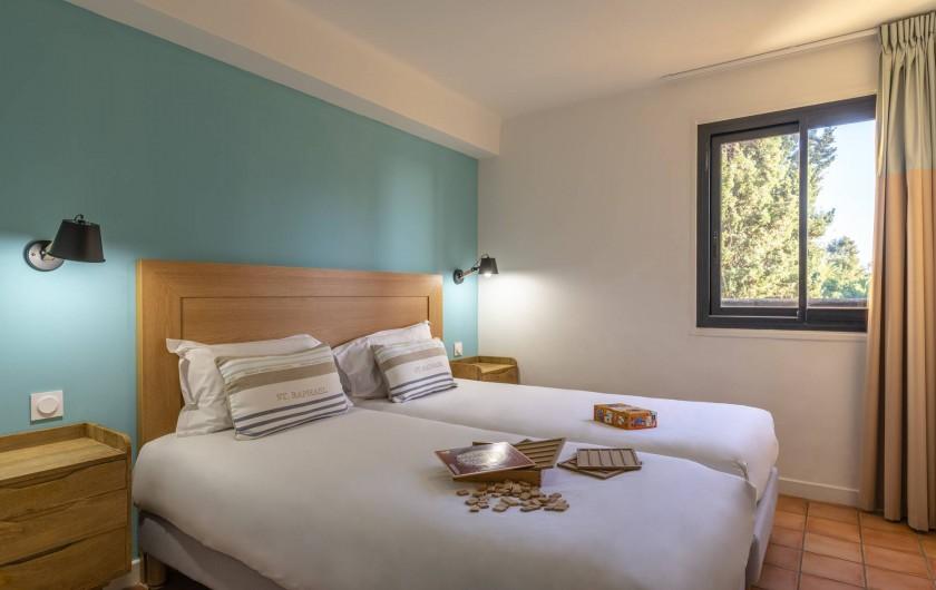 Location de vacances - Appartement à Rayol-Canadel-sur-Mer - Appartement avec un accès direct à la plage jusqu'à 6 pers