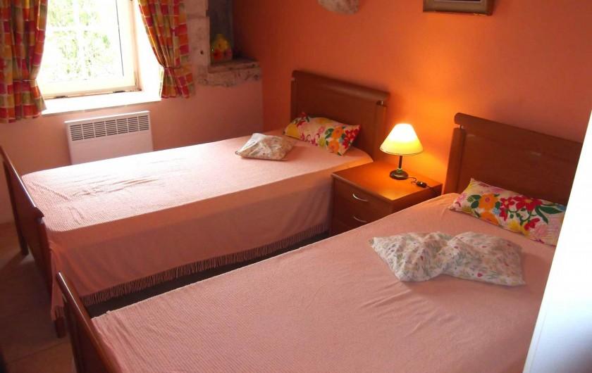 Location de vacances - Maison - Villa à Lauzerte - Chambre à deux lits simple