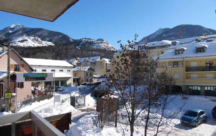 Location de vacances - Appartement à Briançon - Vue du balcon
