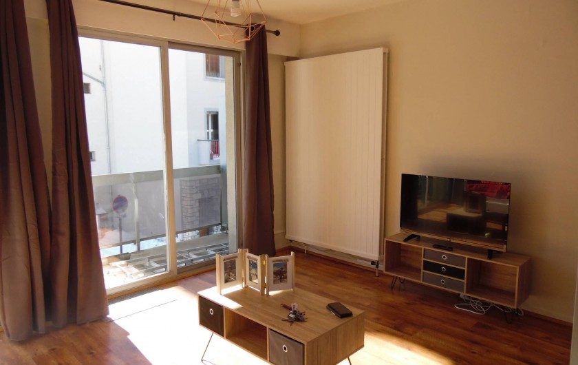 Location de vacances - Appartement à Briançon - Pièce à vivre