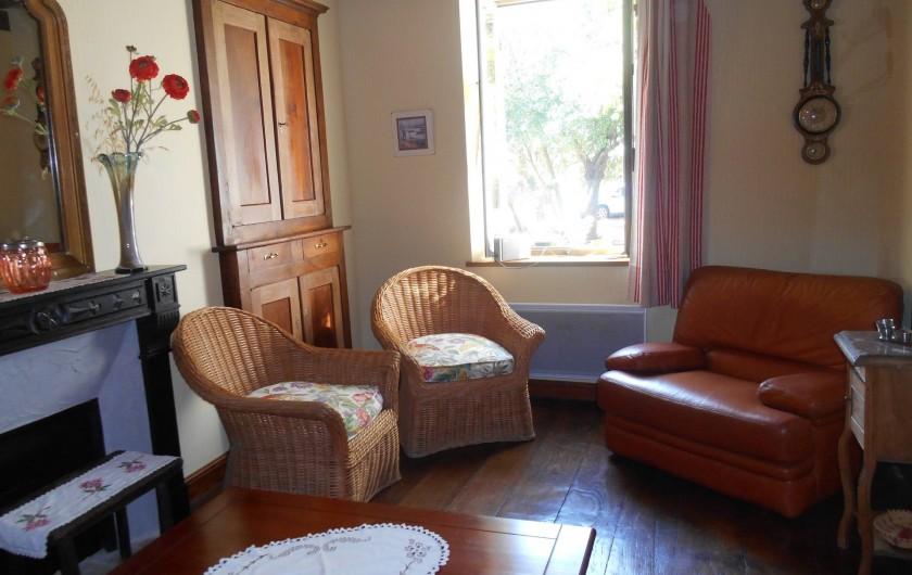Location de vacances - Maison - Villa à Nouzerolles - autre vue salon du bas
