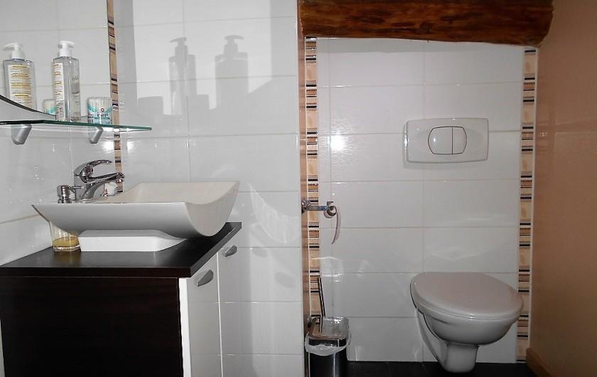 Location de vacances - Villa à Nantille - Salle de bain étage