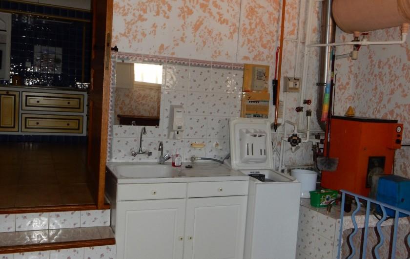 Location de vacances - Villa à Orange - cellier équipées
