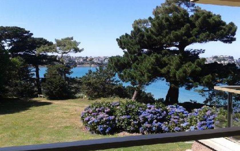 Location de vacances - Studio à Dinard - vue du balcon