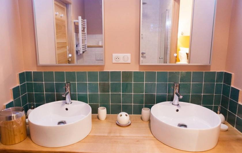 Location de vacances - Gîte à Saint-Antonin-Noble-Val - Salle d'Eau pour chambres Lori et Toco