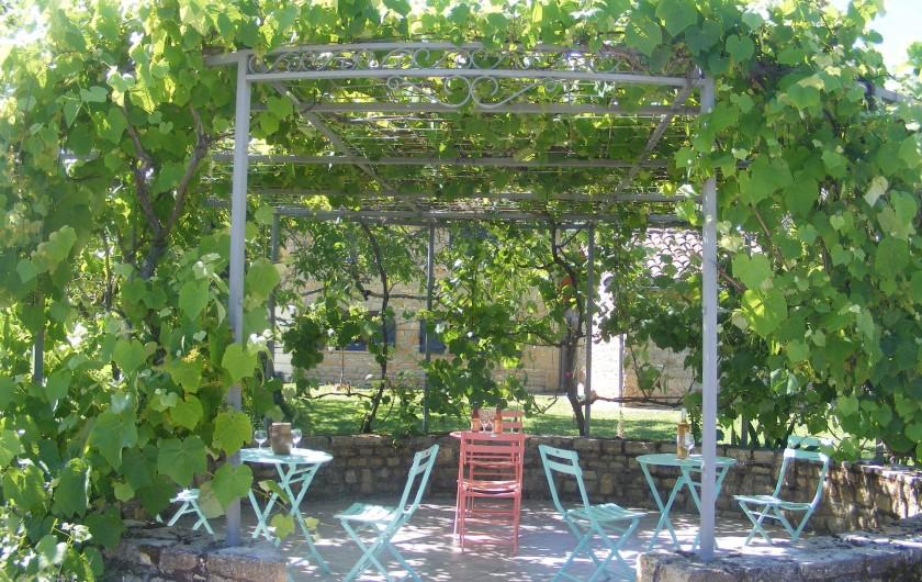 Location de vacances - Gîte à Saint-Antonin-Noble-Val - Lou Papagai