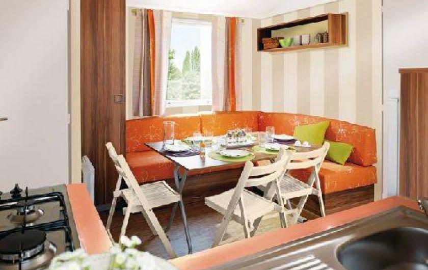 Location de vacances - Bungalow - Mobilhome à Ghisonaccia - Salle à manger