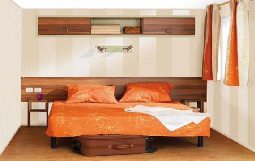 Location de vacances - Bungalow - Mobilhome à Ghisonaccia - Chambres grand lit