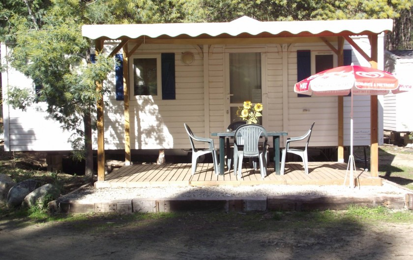 Location de vacances - Bungalow - Mobilhome à Ghisonaccia - Terrase basse