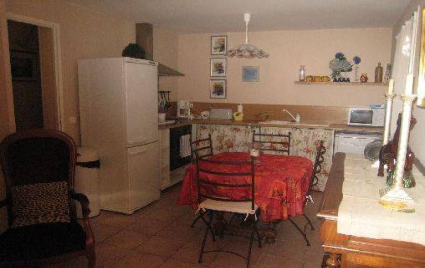 Location de vacances - Appartement à Aix-en-Provence - Côté cuisine