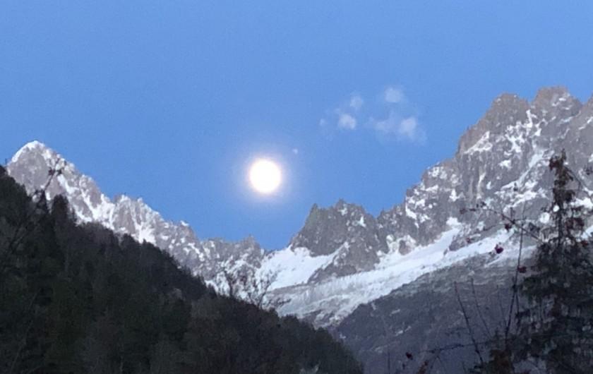 Location de vacances - Chalet à Chamonix-Mont-Blanc - ...sa vue ...