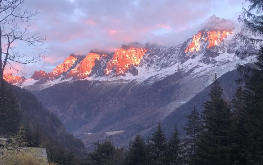 Location de vacances - Chalet à Chamonix-Mont-Blanc - ...ses couchers de soleil...