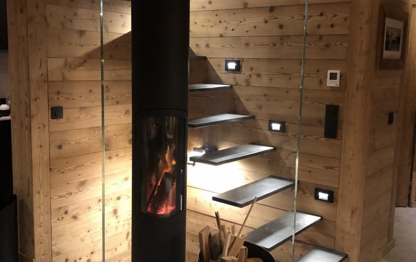 Location de vacances - Chalet à Chamonix-Mont-Blanc - Vers l'étage..