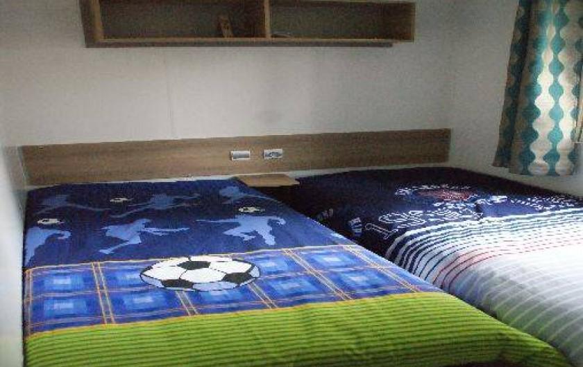 Location de vacances - Bungalow - Mobilhome à Fréjus - chambre enfant