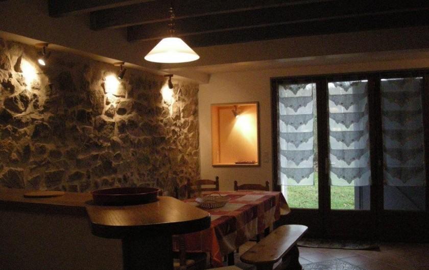 Location de vacances - Gîte à Escoutoux - Gite Le Contemporain