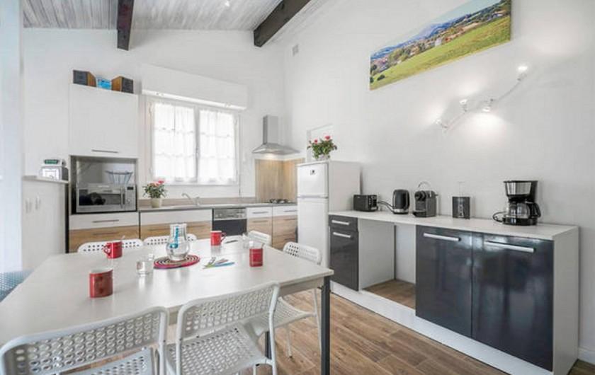 Location de vacances - Villa à Ciboure - cuisine complete