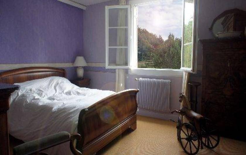 Location de vacances - Gîte à Autun - La chambre 'mauve'  1er étage - 2 personnes