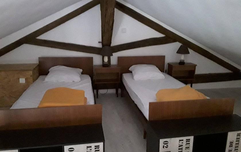 Location de vacances - Gîte à Sorges et Ligueux en Périgord - chambre mezzanine