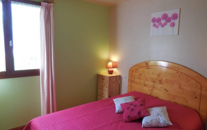 Location de vacances - Chalet à La Bâtie-Vieille - La chambre des parents