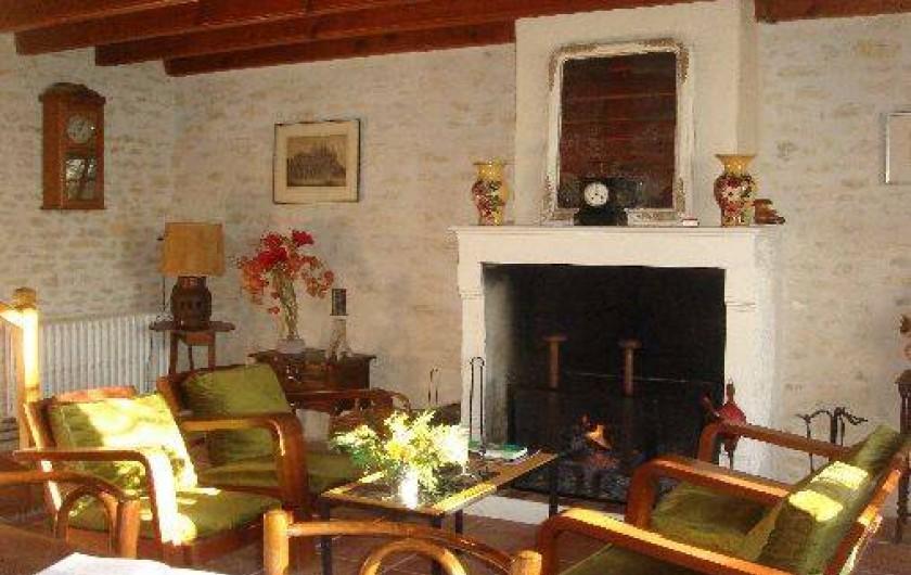 Location de vacances - Gîte à Maillé - cheminée