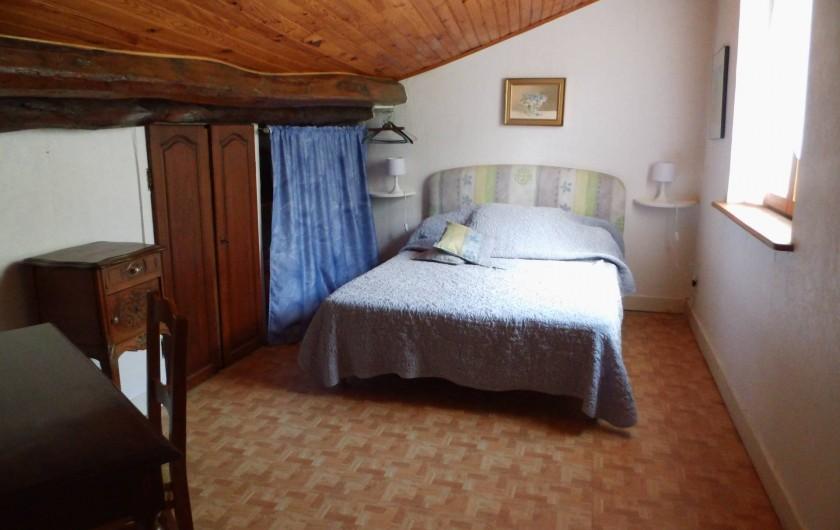 Location de vacances - Gîte à Cerdon - chambre sur mezzanine 1 lit de 180