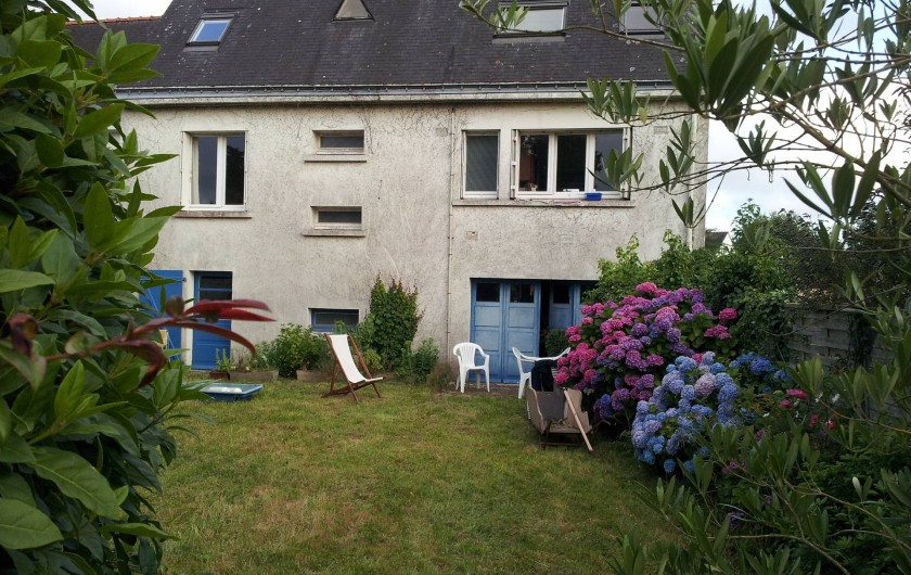 Location de vacances - Villa à Sarzeau - maison et jardin côté golfe