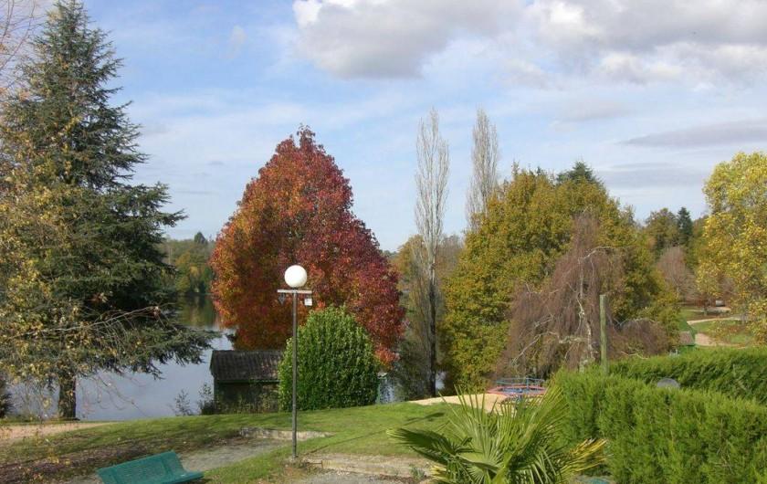 Location de vacances - Chalet à Miallet - Le terrain de pétanque