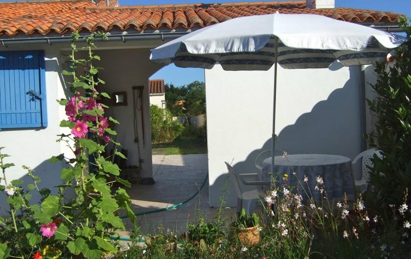 Location de vacances - Maison - Villa à Île-d'Aix - jardin terrasse