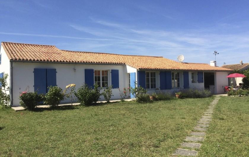 Location de vacances - Maison - Villa à Île-d'Aix - façade sud est