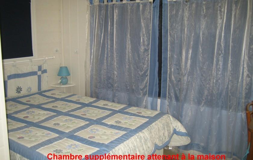 Location de vacances - Maison - Villa à Siorac-en-Périgord - chambre supplémentaire  attenant à la maison avec 1 lit de 140