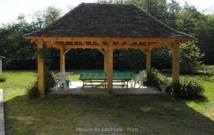 Location de vacances - Gîte à Piets-Plasence-Moustrou - La tonnelle du gîte