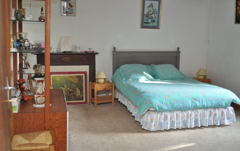Location de vacances - Gîte à Piets-Plasence-Moustrou - La grande chambre pour un couple