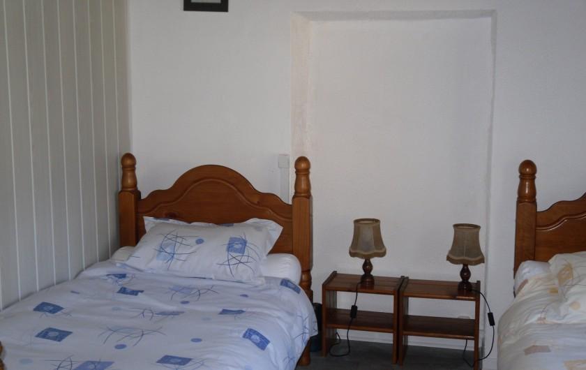 Location de vacances - Gîte à Piets-Plasence-Moustrou - La chambre enfants rénovée en 2016 avec cloison salle de bain