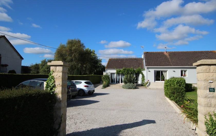 Location de vacances - Appartement à Yvetot-Bocage - COUR PARKING