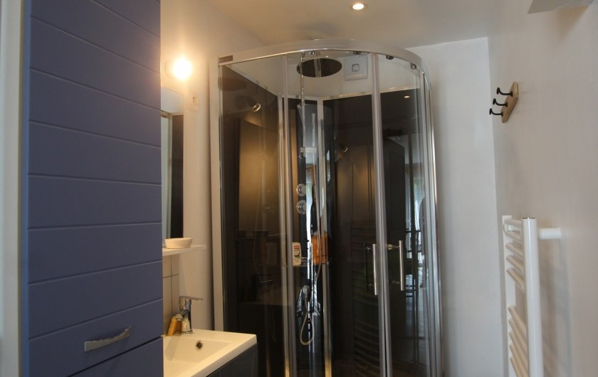 Location de vacances - Appartement à Yvetot-Bocage - SALLE DE BAIN